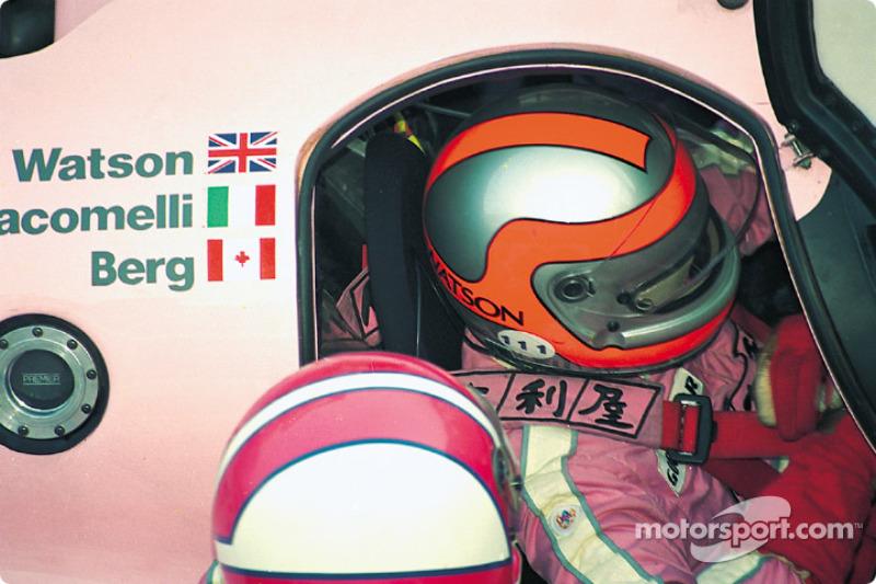 #44 Richard Lloyd Racing porsche 962C: John Watson pits the pink Porsche