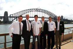 Williams-BMW HP event at the Opera House in Sydney: Mark Webber poses with guests