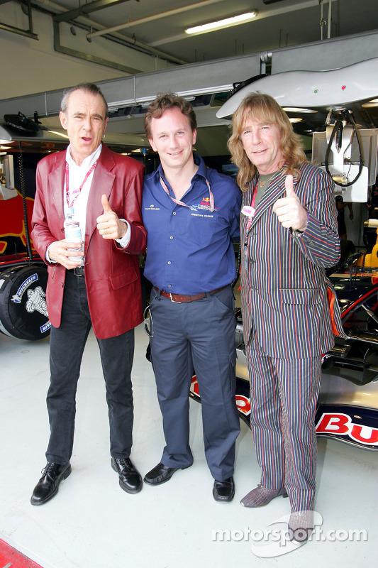Status Quo en el garaje de Red Bull: Christian Horner, Francis Rossi y Rick Parfitt