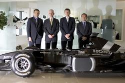 Gil de Ferran, BAR Honda Sporting Director, with Geoffrey Willis, BAR Honda Technical Director, Nick Fry, BAR Honda Chiel Executive Officer and Yasuhiro Wada, President of Honda Racing Development