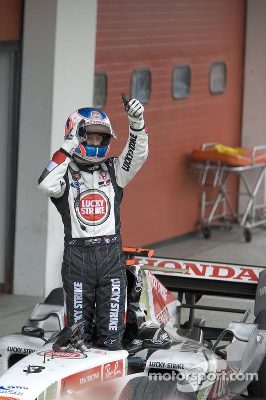 Jenson Button fête son deuxième podium