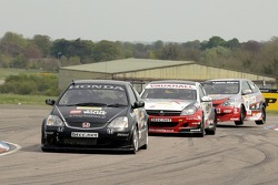 #9 Tom Chilton of Arena Motorsports leads # Colin Turkington and #10 James Kaye through the chicane
