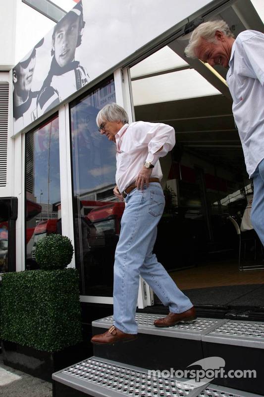 Bernie Ecclestone at the BAR-Honda hospitality