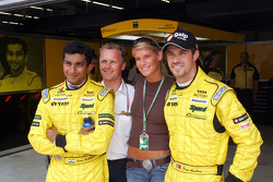 Narain Karthikeyan, Johnny Herbert and Tiago Monteiro with a charming guest