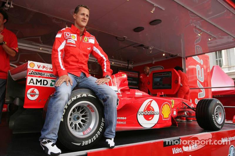 Vodafone race event in Milan: Michael Schumacher