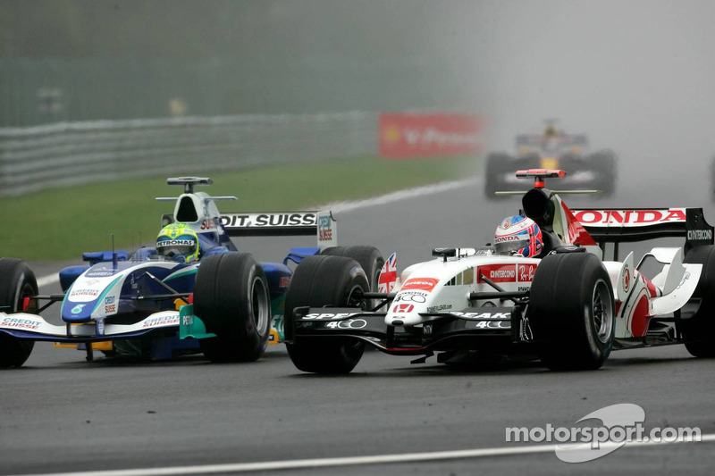 Felipe Massa and Jenson Button battle