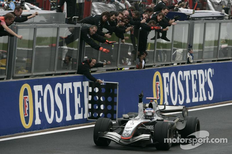 2005 Belçika: McLaren