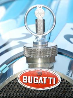 Bugatti radiator cap