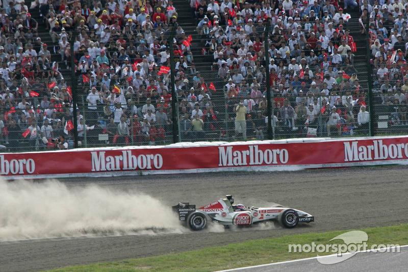 Start: Takuma Sato in the gravel heads back to track