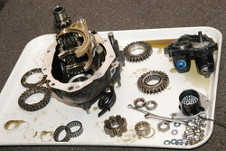 1978 Lotus 79 gear cluster apart