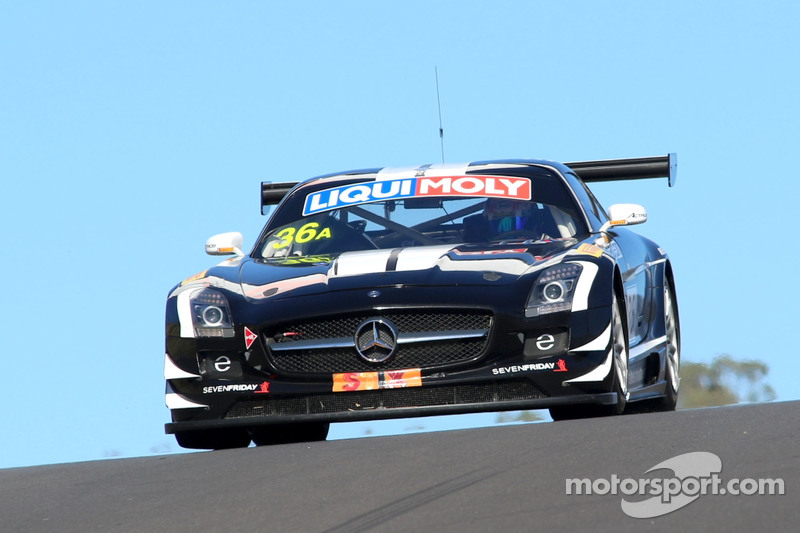 #36 Erebus Motorsport, Mercedes SLS AMG GT3: Jack LeBrocq, Richard Muscat, Dean Canto