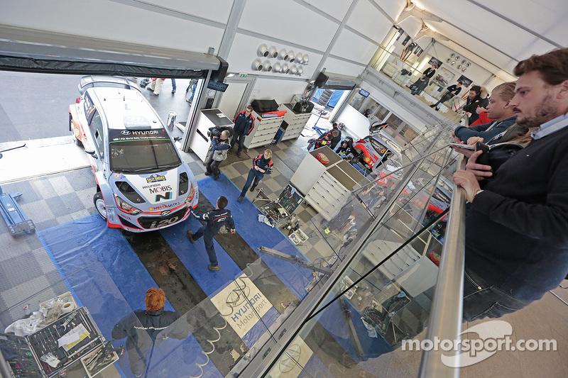 Thierry Neuville und Nicolas Gilsoul, Hyundai i20 WRC, Hyundai Motorsport