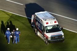 Bobby Gerhart vers l'ambulance