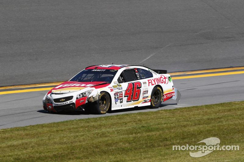 Michael Annett, HSCott Motorsports, Chevrolet, in Schwierigkeiten