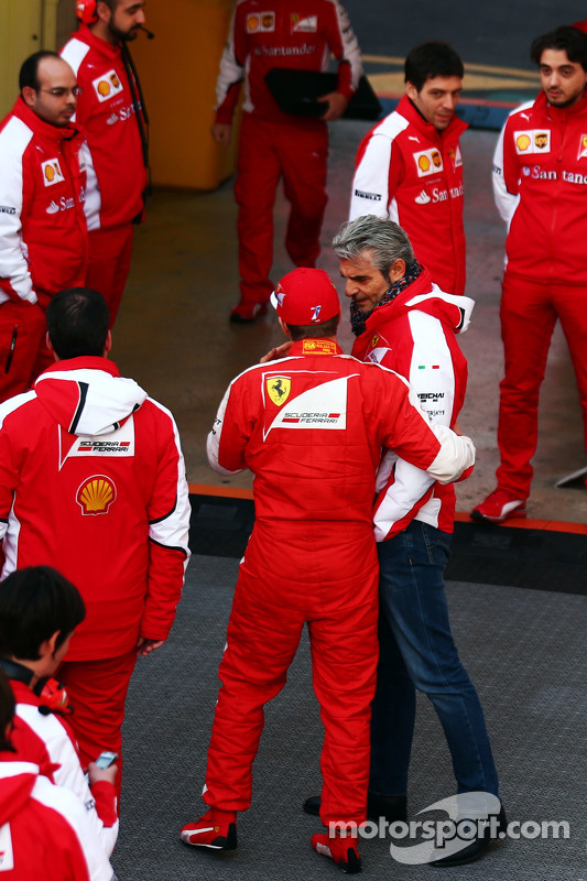 Kimi Räikkönen, Ferrari, mit Maurizio Arrivabene, Ferrari-Teamchef