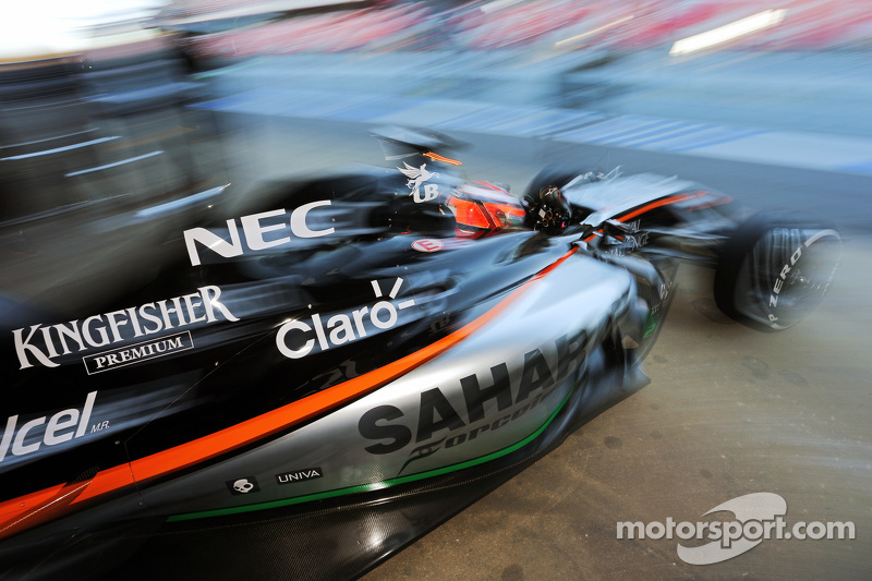 Ніко Хюлкенберг, Sahara Force India F1 VJM07 залишає бокси