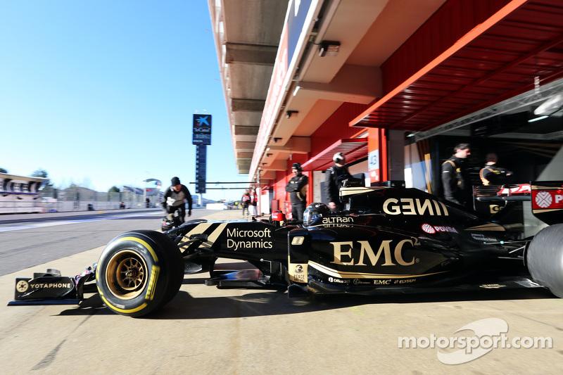 Romain Grosjean, Lotus F1 E23/