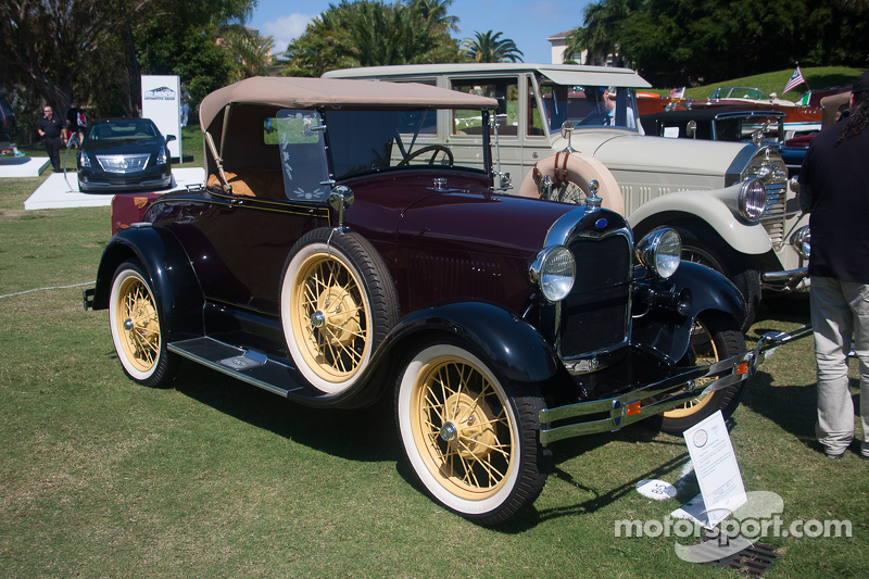 1928 Ford A Roadster Deluxe