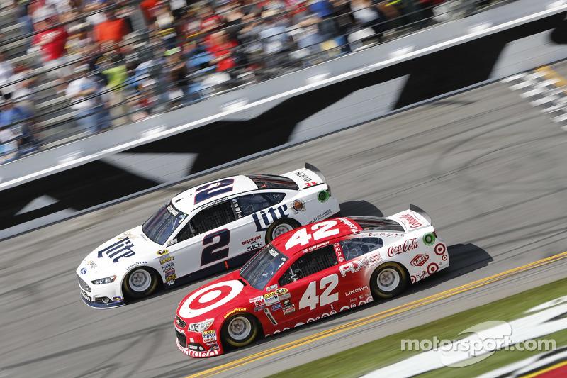 Brad Keselowski, Team Penske, Ford, Kyle Larson, Ganassi Racing, Chevrolet