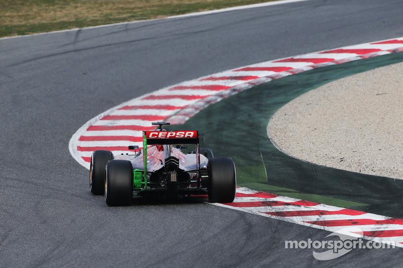 Max Verstappen, Scuderia Toro Rosso STR10, fährt mit Flow-Viz-Farbe