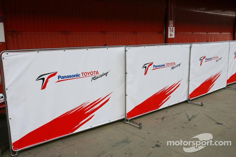 Área de garage de Toyota