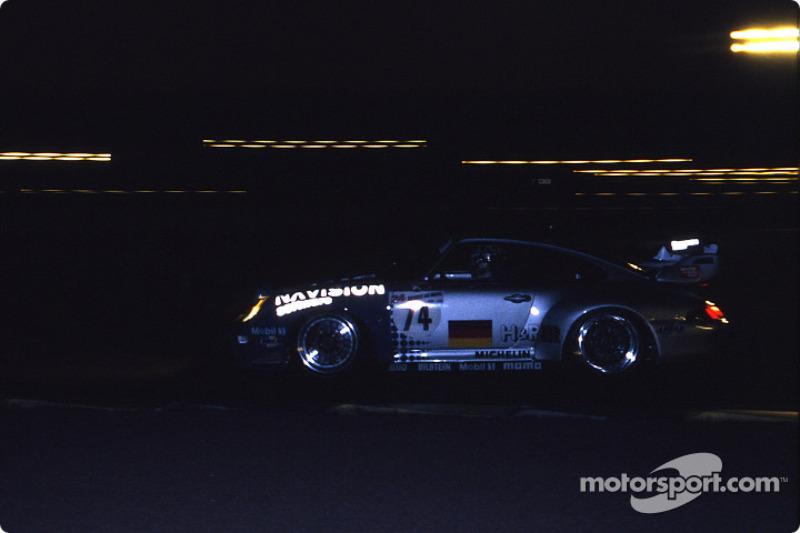 #74 Roock Racing Porsche 911 GT2: Bruno Eichmann, Andy Pilgrim, André Ahrlé