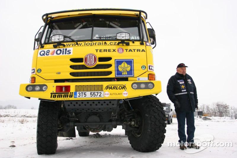 Loprais Tatra Team se tient prêt à quitter Lisbonne: Karel Loprais