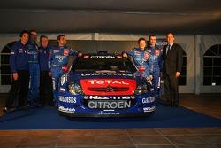 Kronos Total Citroën service area: Sébastien Loeb, Daniel Elena, Xavier Pons and Carlos Del Barrio with Prince Albert and the Citroën Xsara WRC