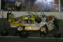 Pitstop for #87 Synergy Racing Porsche GT3 Cup: David Gaylord, Wes Hill, Ken Hill, Will Diefenbach