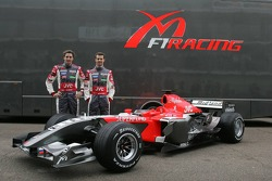 Christijan Albers and Tiago Monteiro with the new MF1 Racing M16