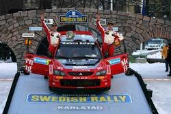 Podium: third place Daniel Carlsson and Mattias Andersson
