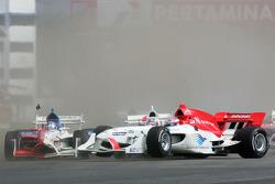 Ananda Mikola and Tomas Enge crash