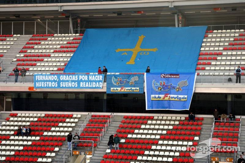 Fan club of Fernando Alonso in the grandstands