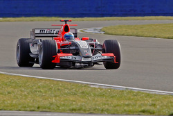Markus Winkelhock test drives the Midland F1 car at Silverstone