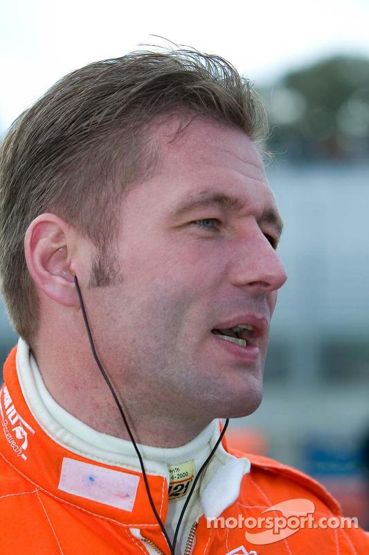 Le pilote de l'équipe des Pays-Bas Jos Verstappen
