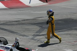 Start: race over for A.J. Allmendinger