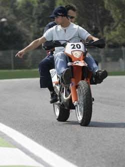 Vitantonio Liuzzi with race engineer Riccardo Adami on his KTM