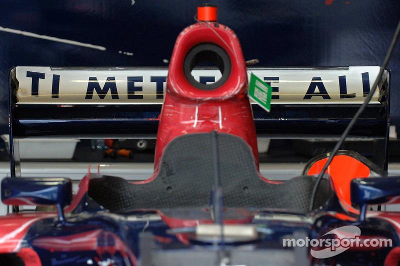 L'aileron arrière de la voiture de Vitantonio Liuzzi