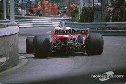 Patrick Tambay, McLaren M26 Ford