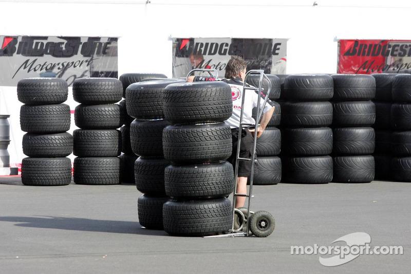 Pneus Bridgestone;Michelin