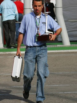 Circuit staff bring Trophies into the Formula 1 paddock