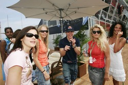 Scott Speed and the Formula Una girls