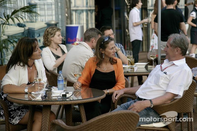 Jeudi refroidi: le conseiller sportif de Red Bull Helmut Marko