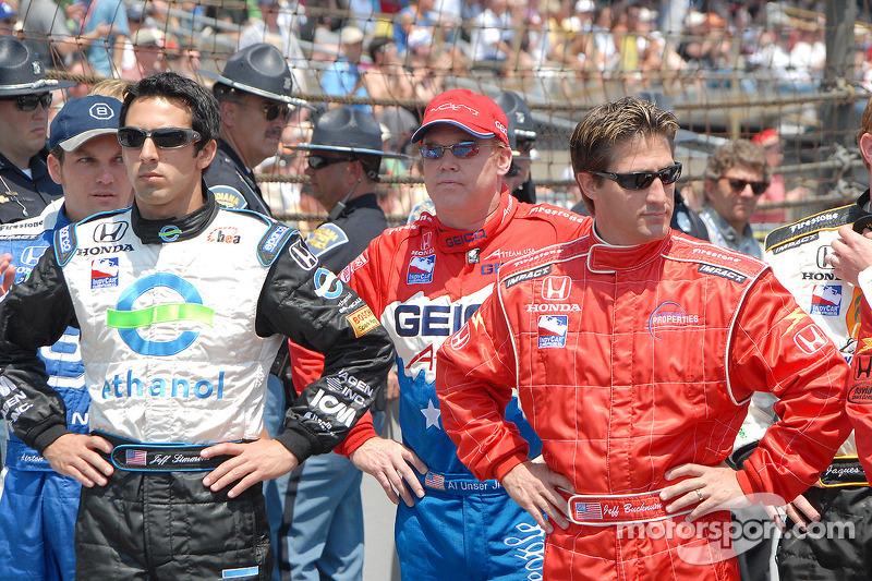Jeff Simmons, Al Unser Jr. et Jeff Bucknum