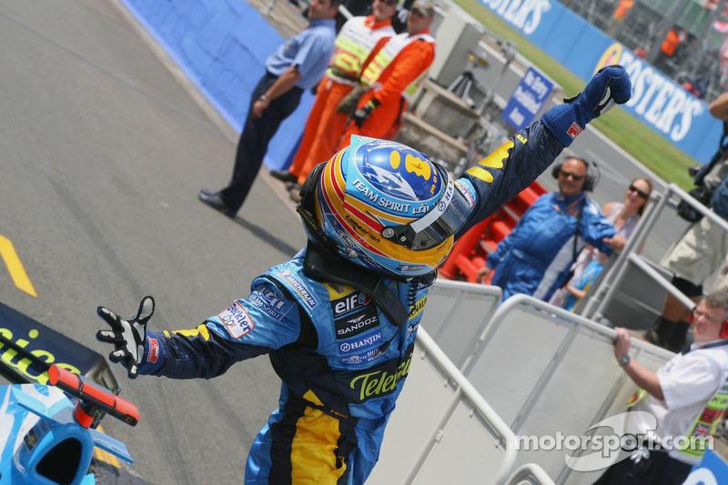 Fernando Alonso fête sa victoire