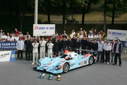 Claude-Yves Gosselin, Karim Ojjeh, Adam Sharpe, et l'équipe Paul Belmondo Racing avec la Paul Belmondo Racing Courage C65 Ford