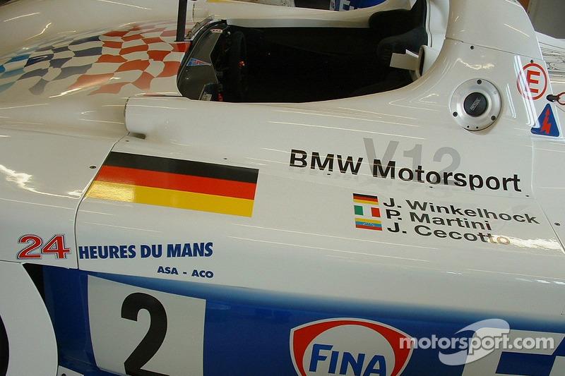 La BMW V12 du Mans en 1998 en exposition