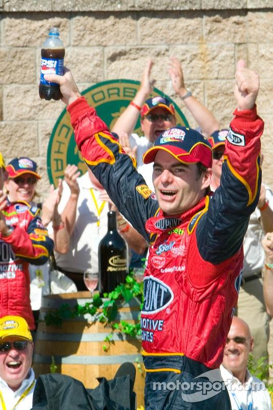Jeff Gordon fête sa victoire