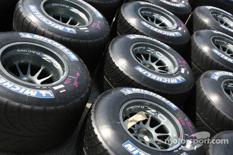 Les pneus Michelin dans le paddock