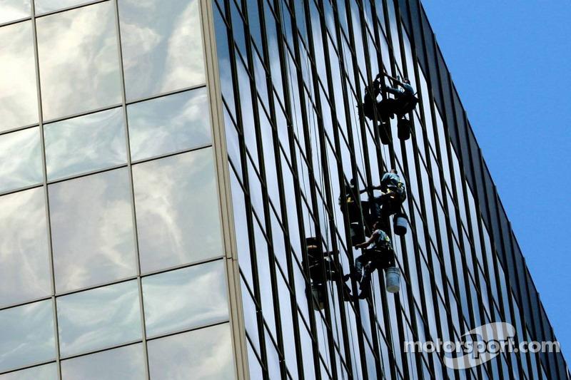 Lavage de vitres au centre-ville
